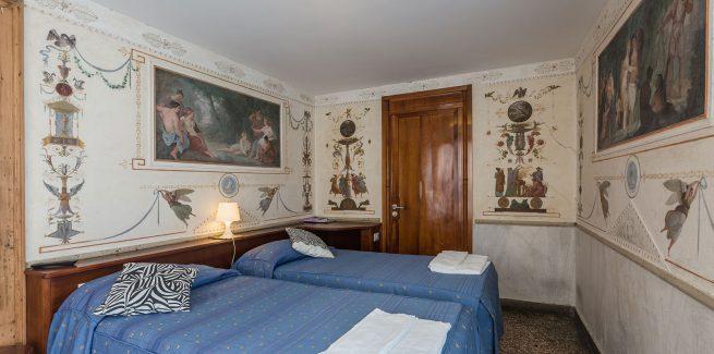Foresteria Valdese Camere con vista ed affreschi