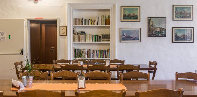 Tavoli del Salone Colazioni 2° Piano Foresteria Venezia